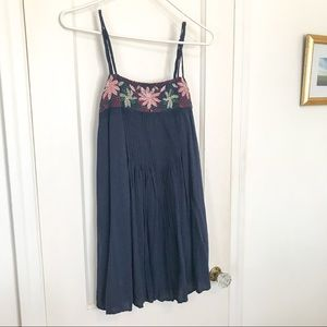 AEO floral embroidered navy accordion shift dress